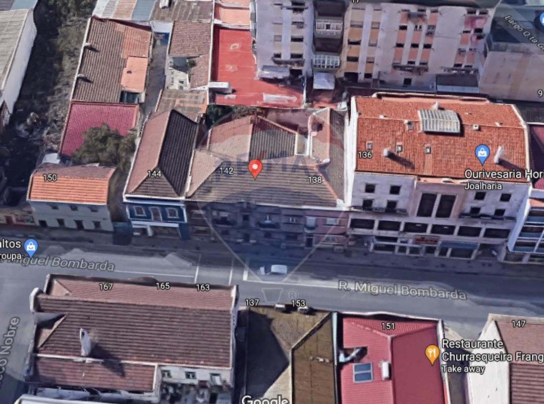 Vista topo de Imóvel para venda: prédio no barreiro