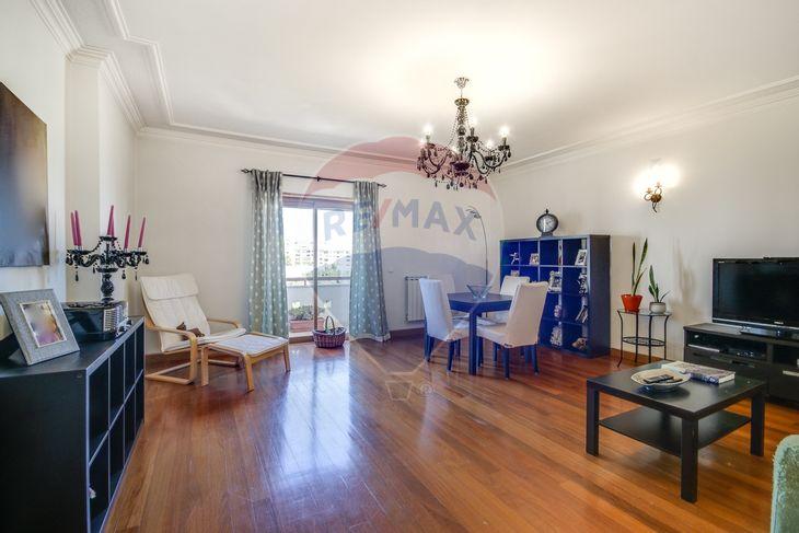 Sala de apartamento T3 Cascais